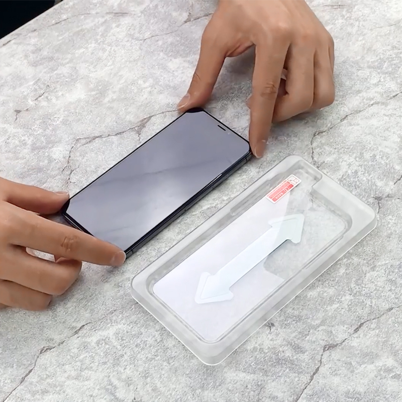 iphone xs max screen protector with installation kit